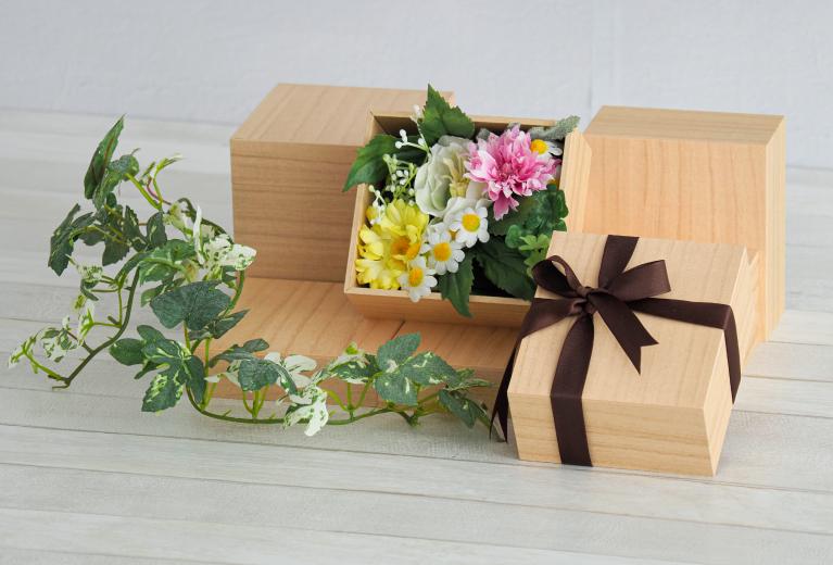 wealboxの「桐箱風紙箱」画像